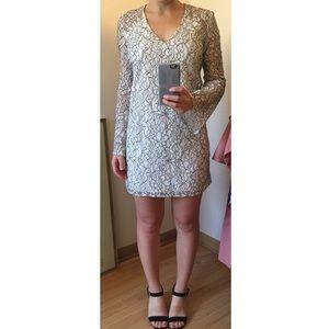 Wayf Lace Bell Sleeve Shift Dress In Xs